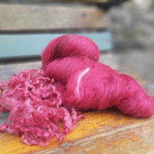Rose and raspberry batts with Teesdale locks pack